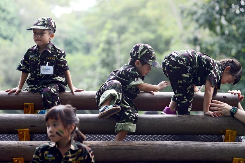 More than 100 pre-schoolers went on a learning journey at Singapore Discovery Centre to learn more about the National Service and the training SAF national servicemen undergo to protect our country prior to SAF day.