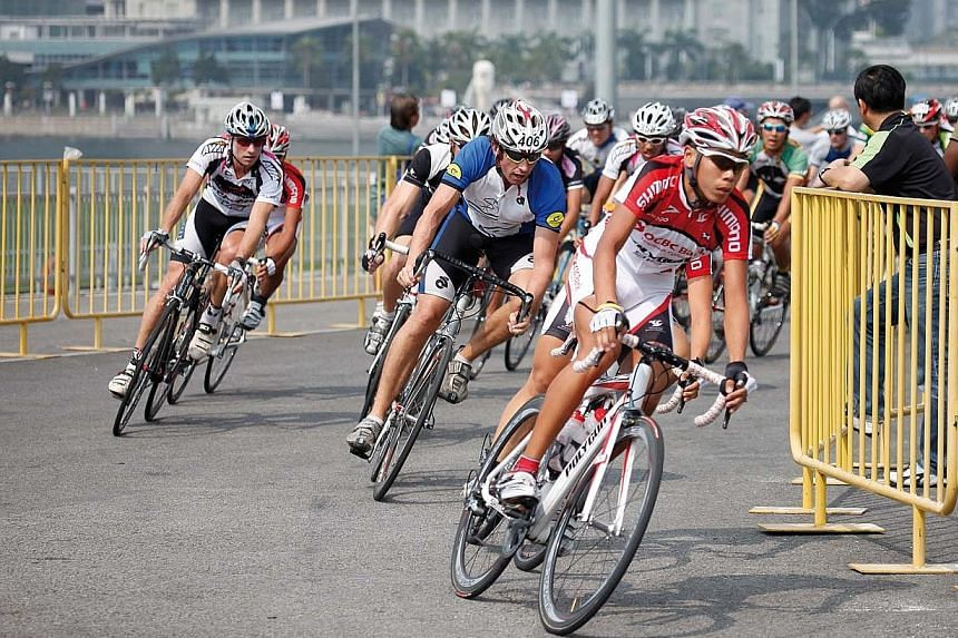 Learn how to prevent cycling injuries ahead of the OCBC Cycle.