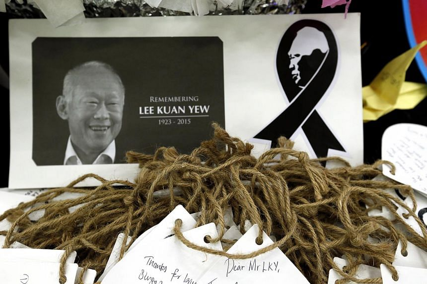 Tributes and messages from Singaporeans mourning the passing of founding prime minister Lee Kuan Yew. June 30 was the 100th day of his death. ST FILE