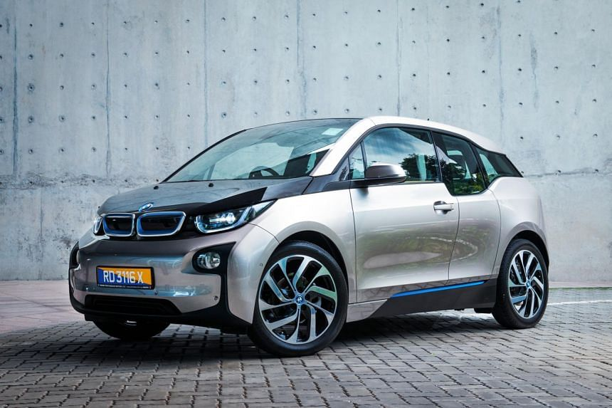 The i3 delivers acceleration in seamless and endless torrents, and is especially driveable in a built-up city.