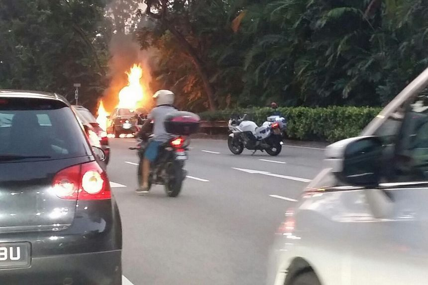 A silver Mercedes was seen ablaze on Bukit Timah Road, near Dalvey Estate, on Sunday evening.