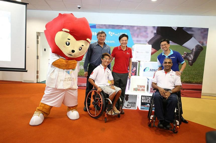 SEA Games mascot Nila with (anti-clockwise, from left) Singapore Asean Para Games Organising Committee exco chairman Lim Teck Yin, Minister for Culture, Community and Youth Lawrence Wong, Deloitte Singapore CEO Philip Yuen, Singapore Disability Sport