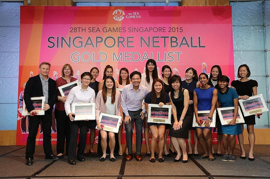 Netball Singapore (NS) celebrated the success of its SEA Games gold medal-winning team at the Netball Celebratory Dinner at the Pan Pacific Singapore Ballroom last night. The dinner was graced by Minister for Culture, Community and Youth, Lawrence Wo