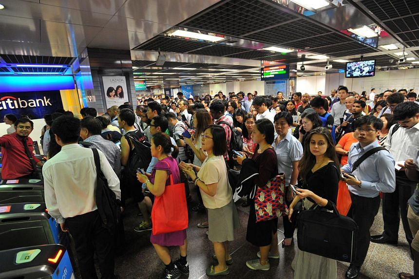 The crowd at City Hall MRT during the service disruption on July 7.