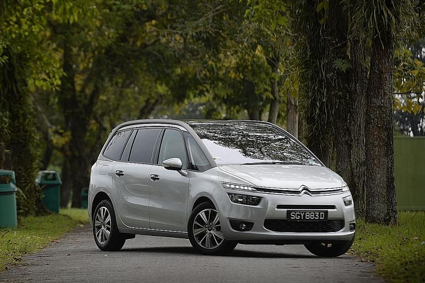 The Grand C4 Picasso now comes with a traditional autobox.