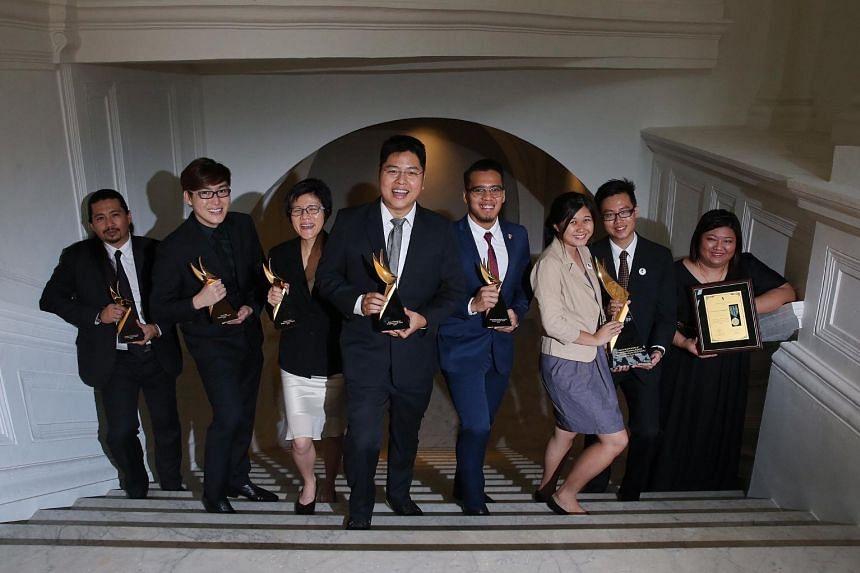 Award winners (from left) Josephus Tan, Yang Ji Wei, Chew Jia Wei, Brian Gothong Tan, Muhammad Shakir Juanda, Goh Hong Yi and Woon Wei Seng (representing National University of Singapore - SAVE) and Lina Chong.