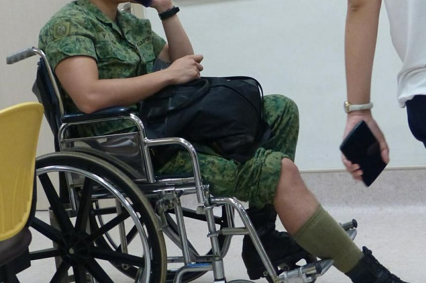 Full-time National Serviceman was going to Bukit Gombak camp in a taxi when it crashed.