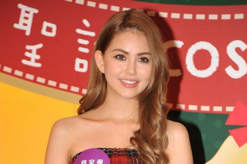 New parents Jay Chou and Hannah Quinlivan (above), who delivered their baby girl by caesarean section.
