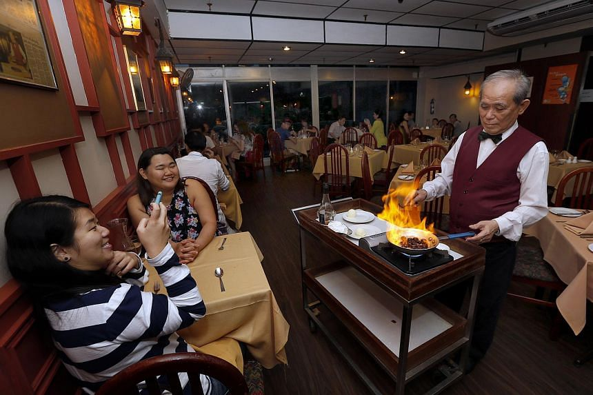 Thirty-year-old Shashlik restaurant will close at the end of the year, when the lease for its Far East Shopping Centre premises runs out.
