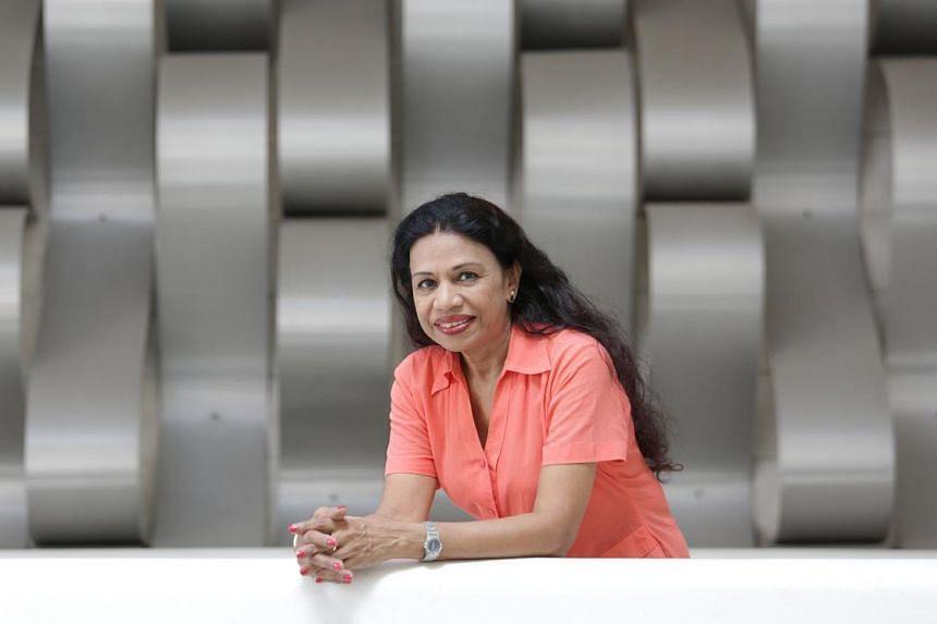 Thahera Manzur.