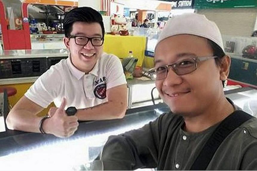 Mr Fais Al-Hajari's post on his ties with phone seller Desmond Mok resonated with many after the Low Yat Plaza riot.