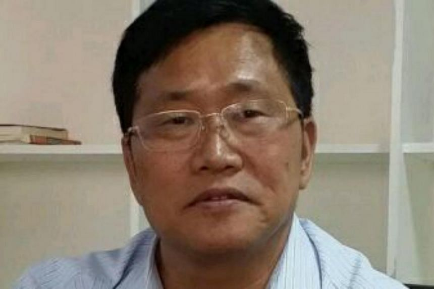 Chinese human rights lawyer Zhou Shifeng has admitted guilt, saying some actions at his law firm were illegal.