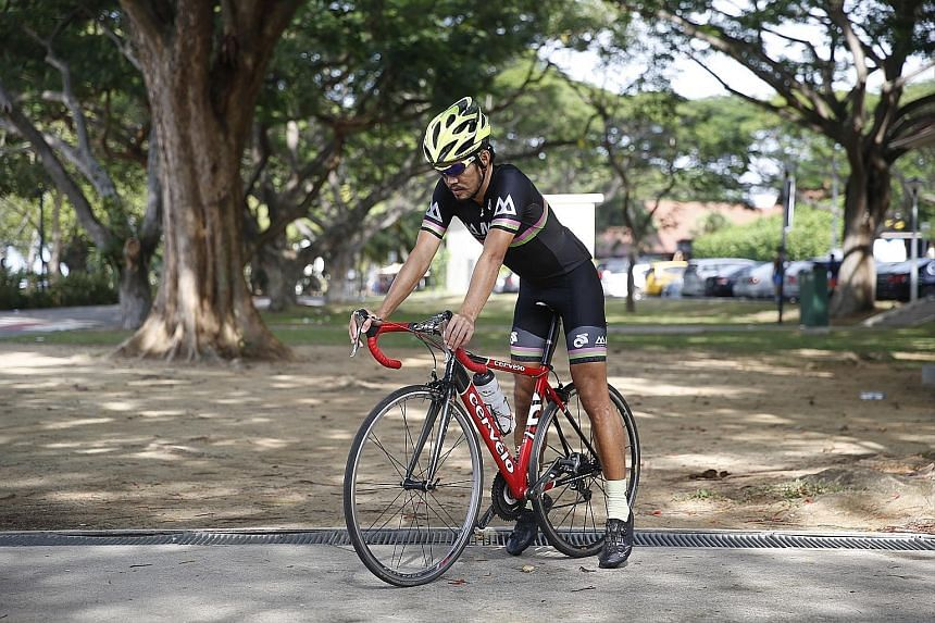 Adrian Ng says that one should choose a bike that allows the cyclist to touch the ground with the toes. His advice is one should not buy a bike to impress others but to pay more attention to the components.