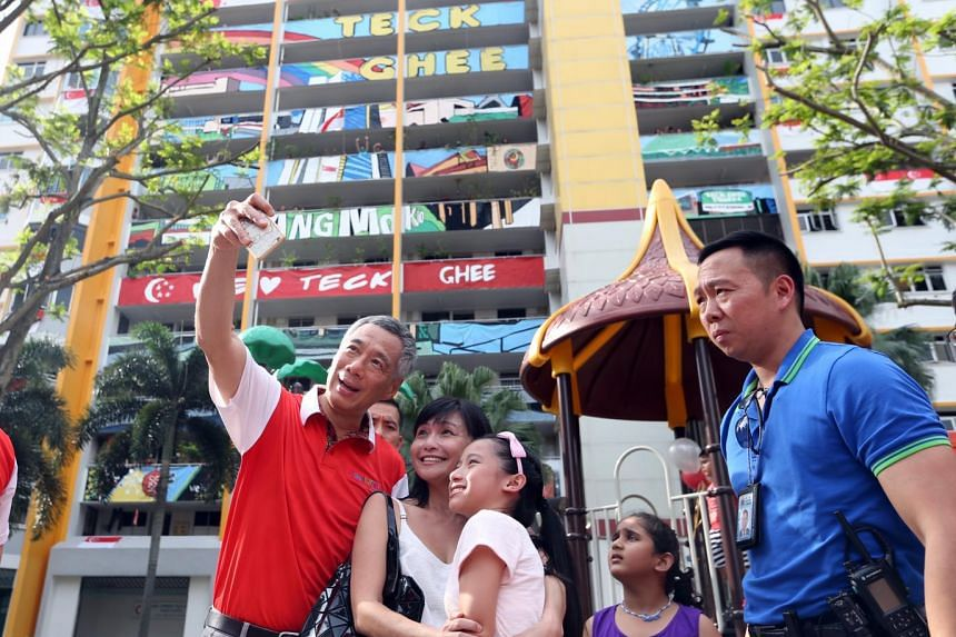 PM Lee taking a selfie with residents.