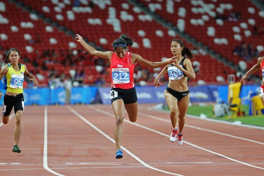 Shanti Pereira winning the gold medal in the women's 200m at the SEA Games.