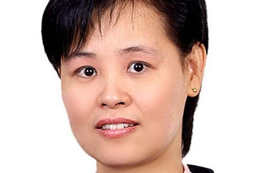 MS LIM LAY BENG, Traditional Chinese medicine practitioner at YS Healthcare TCM Clinic at The Adelphi