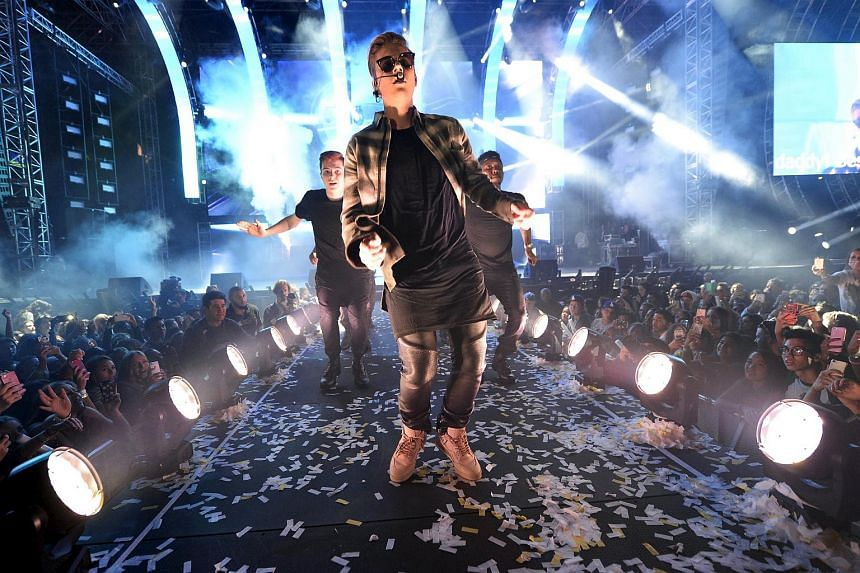 Justin Bieber performs during the 2015 Wango Tango concert at the StubHub Center in Carson, California on May 9, 2015.