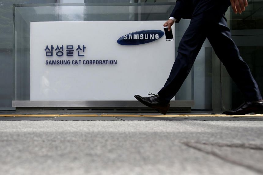 Samsung led the market with a 21.7 per cent market share, even though sales dipped from a year earlier.