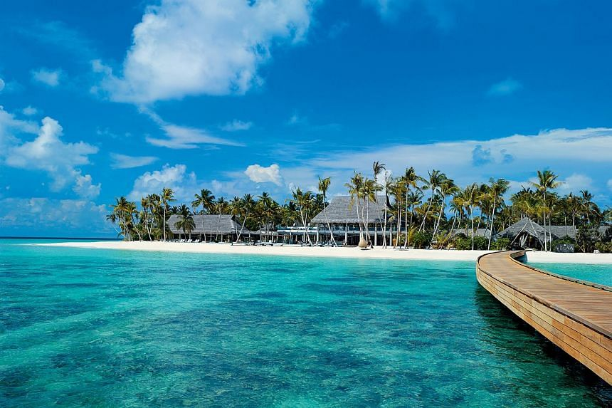 The Maldives will now allow foreigners to own land in the island chain, after legislation was passed on Thursday, despite some concerns from the opposition.