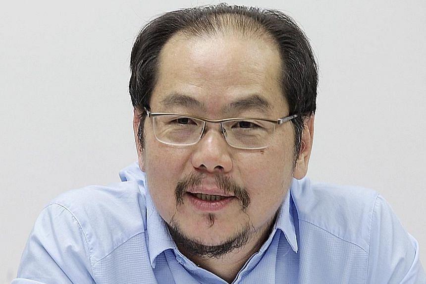 Mr Tong Kooi Ong