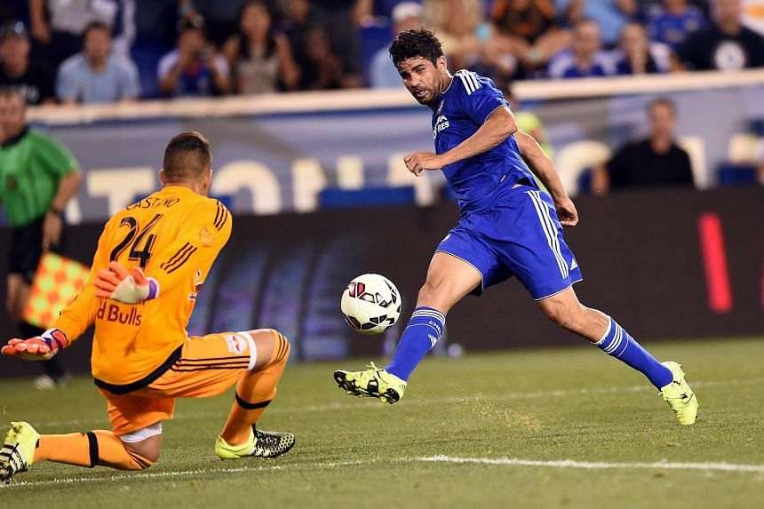 Diego Costa shooting past New York Red Bulls goalkeeper Santiago Castano on July 22, 2015.