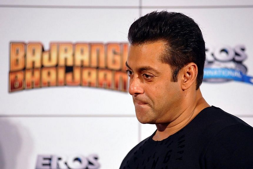 Bollywood star Salman Khan has urged India's top court to consider sparing the life of Yakub Memon, who was convicted of being a key plotter in the 1993 Mumbai bombings.