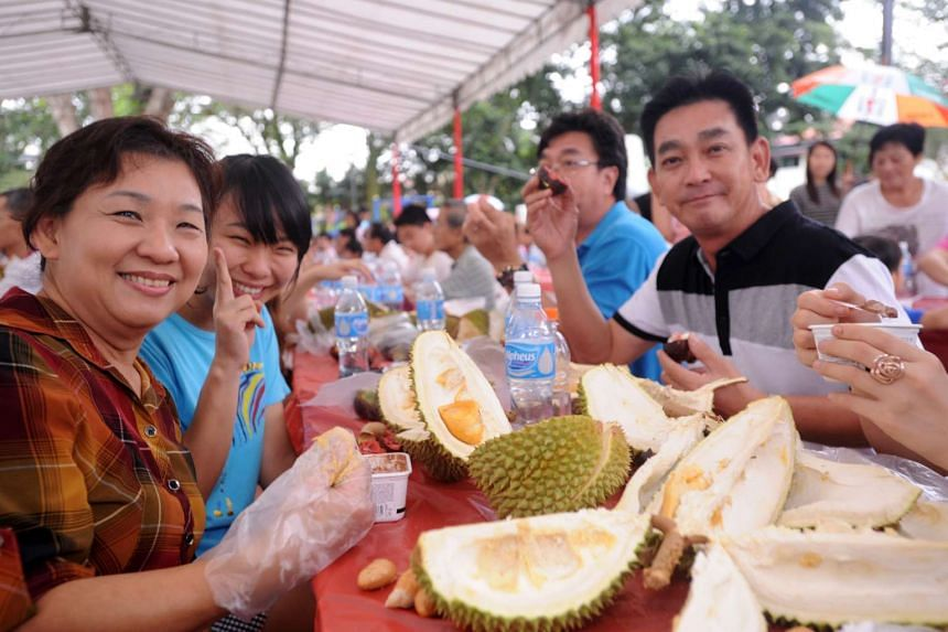 Some of the over 500 residents who attended a durian party held on July 29, 2013 by the Thomson Hills Neighbourhood Committee.