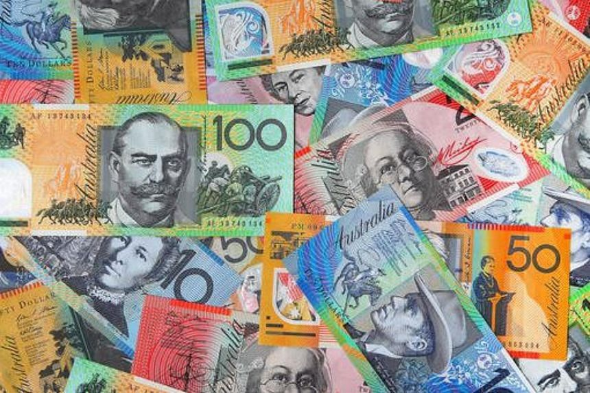 The Aussie had clambered back up to US$0.7296 after taking an early dive to US$0.7257.