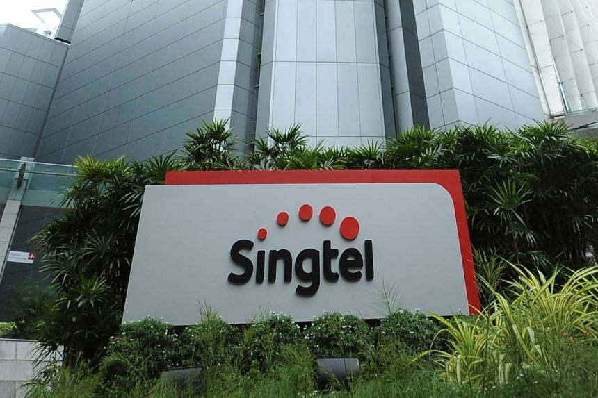 Investigations revealed that Singtel was first alerted to the screen-freeze, caused by hardware failure, by customers calling its hotline.