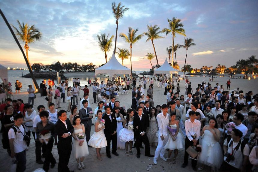 More than 28,000 couples tied the knot last year - the highest figure since records began in 1961.