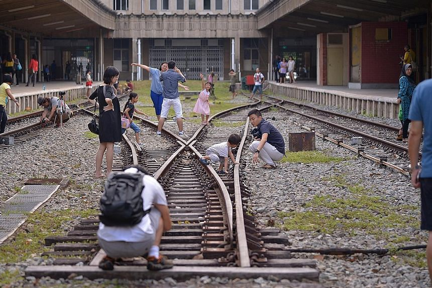 The Tanjong Pagar Railway Station will open from 9am on National Day. There will be a retro carnival featuring funfair rides, games and bazaars on the premises of the 1932 station.