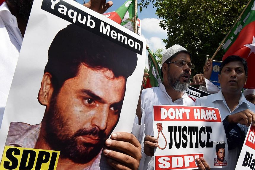 Anti-death penalty protesters rallying in New Delhi early this week over the Yakub Memon case.