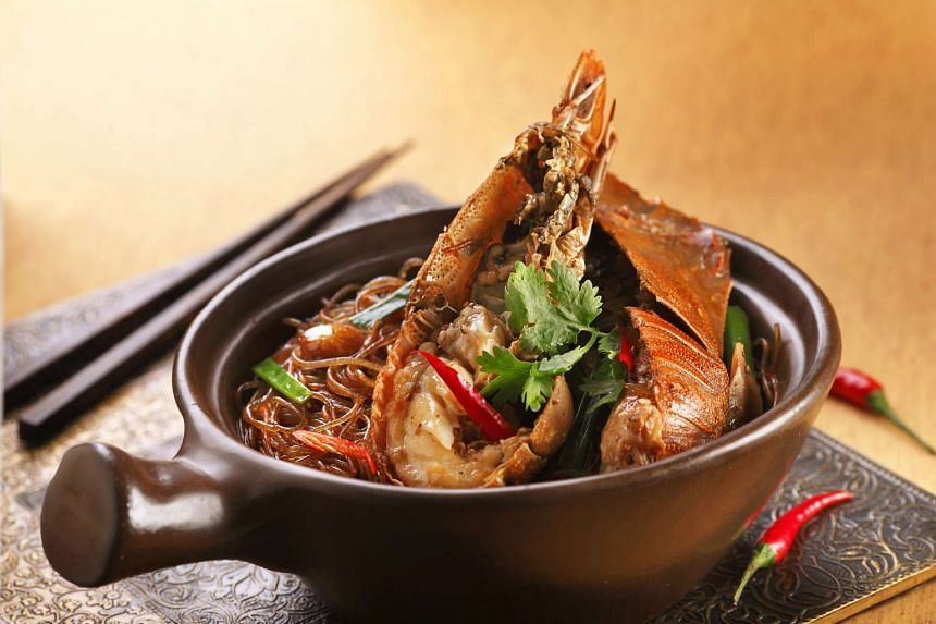 Taste Three By Table Concept's signature claypot crayfish noodles at The SoShiok Feast.