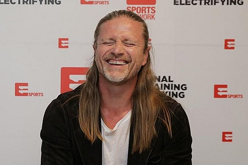 Emmanuel Petit thinks highly of Arsenal midfielders Santi Cazorla and Mesut Oezil who bring experience and pack a combative spirit.