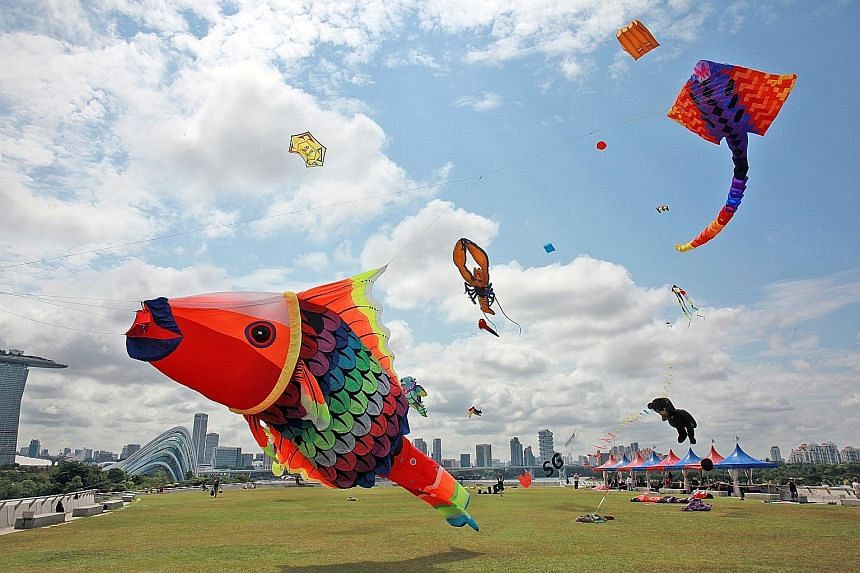 The annual Kite Flying Festival at Marina Barrage yesterday saw kite enthusiasts from around the world showcase their unique giant kites, as well as their kite-flying skills. This is the fifth year the event, organised by national water agency PUB, i