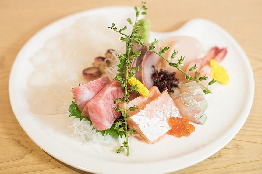 The menu changes daily and top-notch ingredients are flown in from Japan.