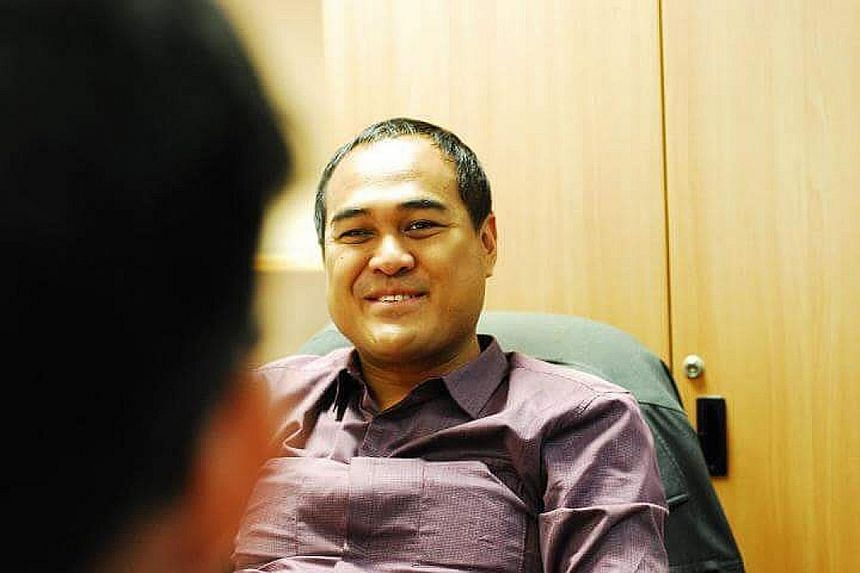 Mr Shamsul Kamar was active in the Kaki Bukit branch from 2006 to 2011.