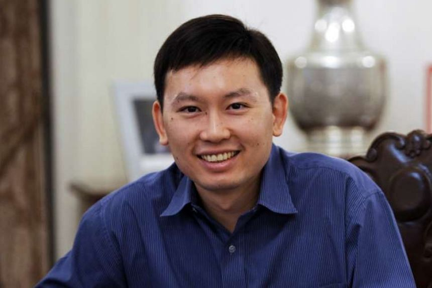 Second Permanent Secretary for Trade & Industry Chee Hong Tat has resigned from the civil service.