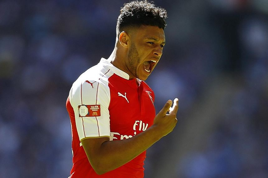 Alex Oxlade-Chamberlain is aware it's still early days yet but feels the squad are the most confident and serious in his time.