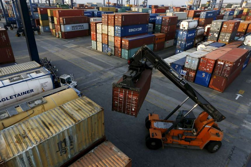 Indonesia's economy grew 4.67 percent in the second quarter, dropping from 4.71 per cent in the first quarter to post its slowest growth since 2009.