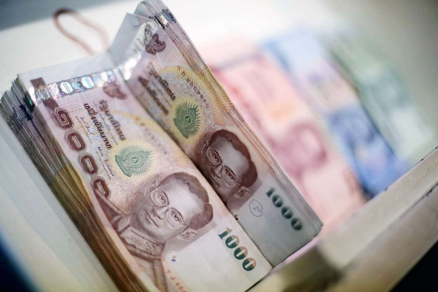The Bank of Thailand kept its benchmark interest rate steady on Wednesday, Aug 5, 2015,  and said it would lower its 2015 growth forecast again on Sept 25.
