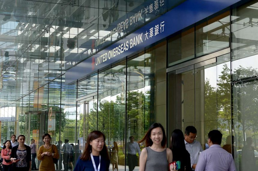 The bank added that about 7,500 employees, who are ranked vice-president and below, will receive a S$1,000 cash gift.