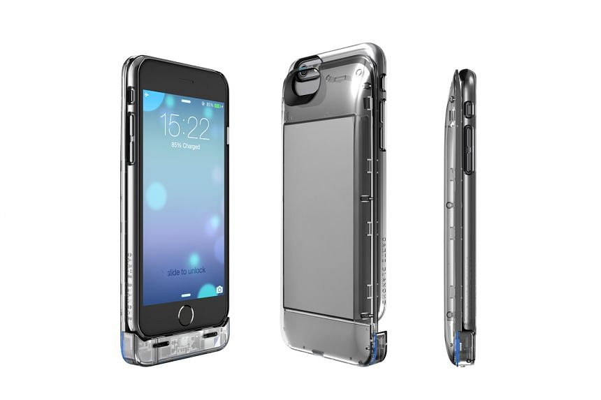 The Boostcase for iPhone 6 Plus consists of a snap case and modular battery sleeve. However, when slotted into Boostcase, the iPhone 6 Plus cannot be synced with a computer via the micro-USB connection.