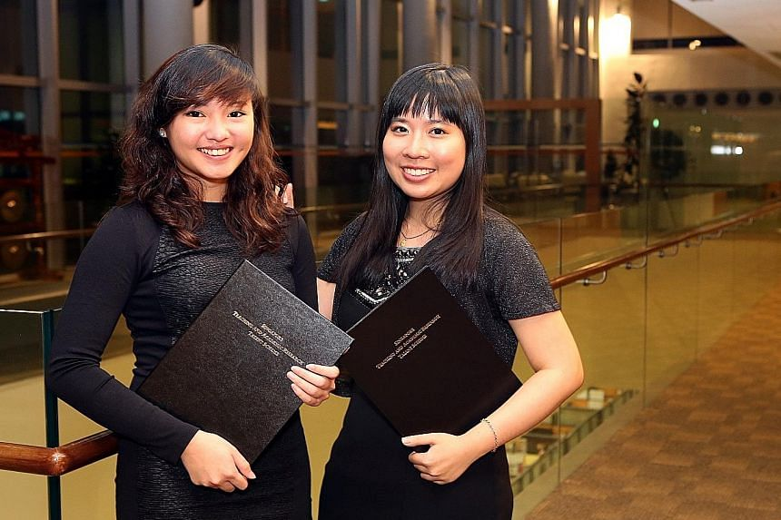 Ms Tamisha Tan (left) and Dr Florence Kok are among the first scholarship recipients under the new Singapore Teaching and Academic Research Talent Scheme.