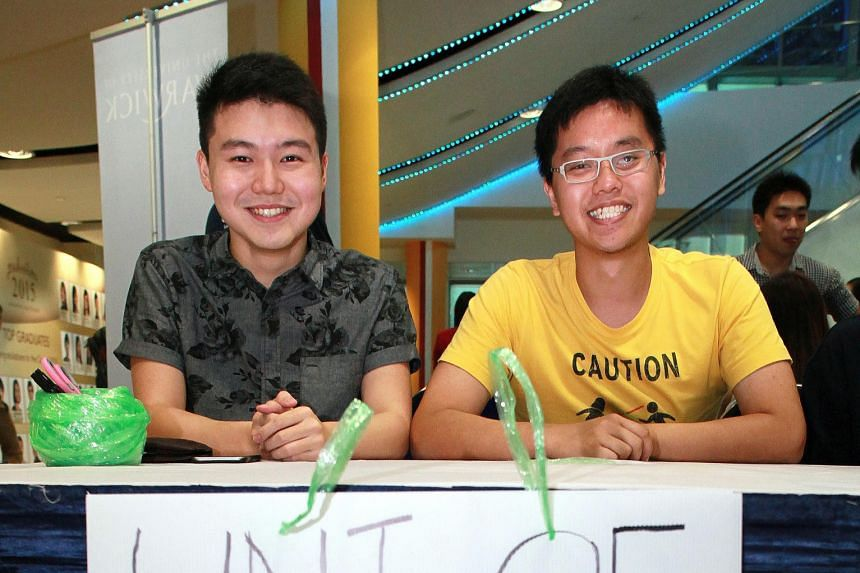 Both Mr Daron Tan (left) from Raffles Institution and Mr Zachary Foo from St Andrew's Junior College opt for Oxford because they want to be in a different, challenging environment.