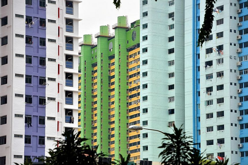 According to SRX Property data, overall HDB resale prices fell 0.5 per cent last month, while transaction volume dropped by 9.2 per cent. Experts expect both resale prices and volume to stay resilient for the rest of the year.