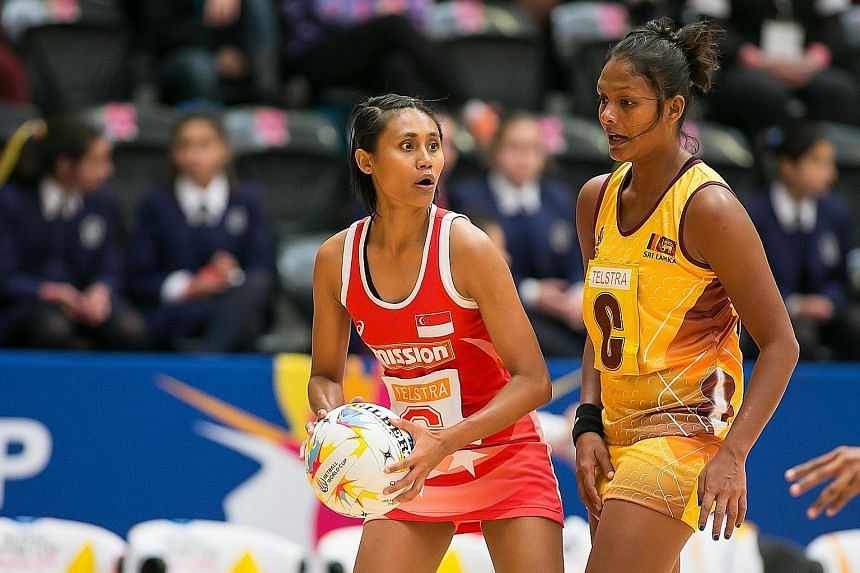 Singapore, with Nurul Baizura in action, took time to settle down against Sri Lanka but Asia's top-ranked team eventually found their rhythm to post a win.