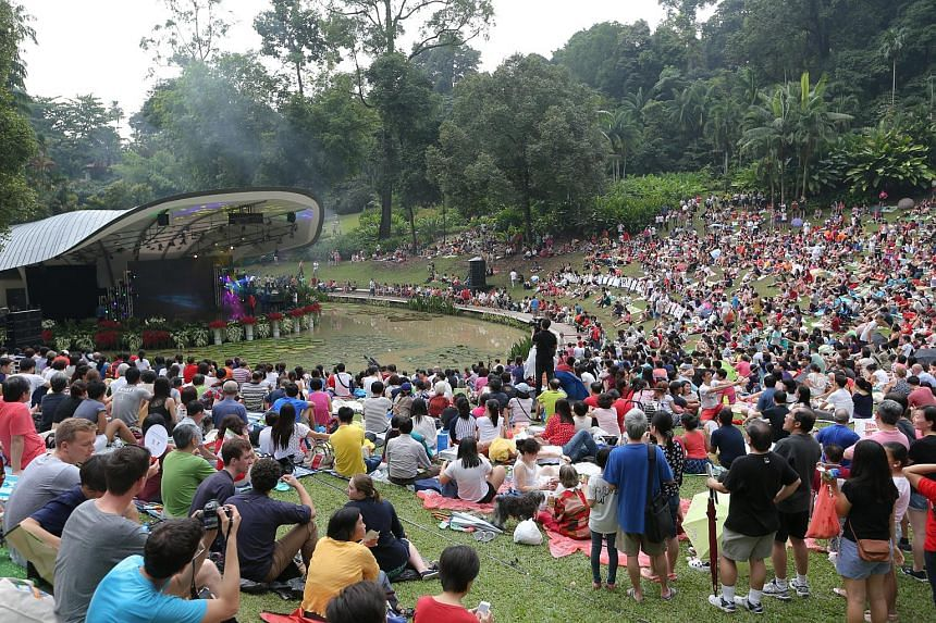 Jubilee weekend celebrations at Botanic Gardens with performances by Shabir (pictured), Corrinne May, John Molina, Olivia Ong, Rui En, and Taufik Batisah, among others, at the Symphony Stage on 07 Aug 2015.