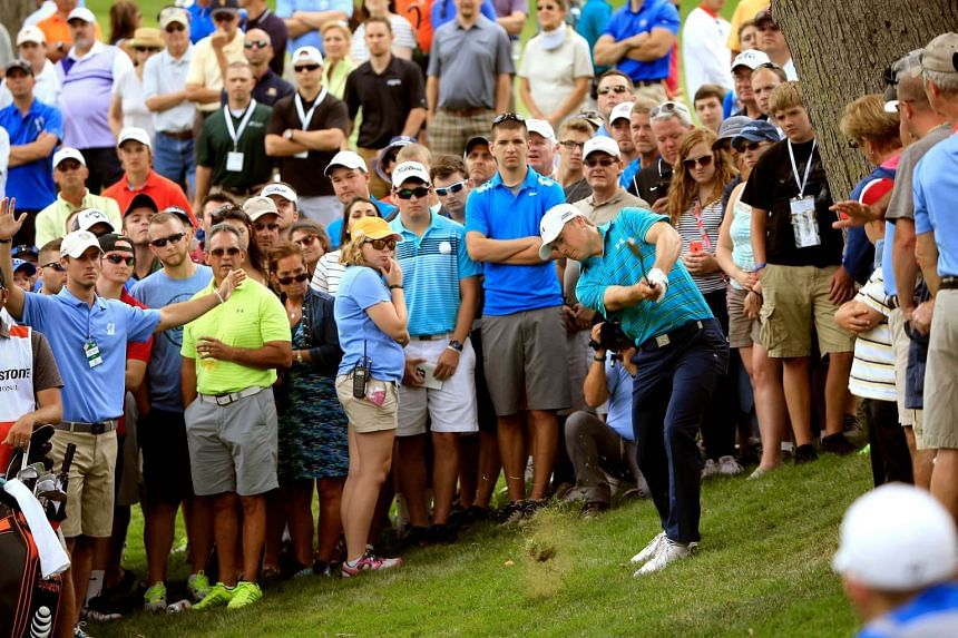 Jordan Spieth will have to do better in the remaining rounds of the WGC-Bridgestone Invitational if he is to overtake Rory McIlroy and assume the world No. 1 ranking. If he manages to do that, it will put him in a great frame of mind ahead of the PGA