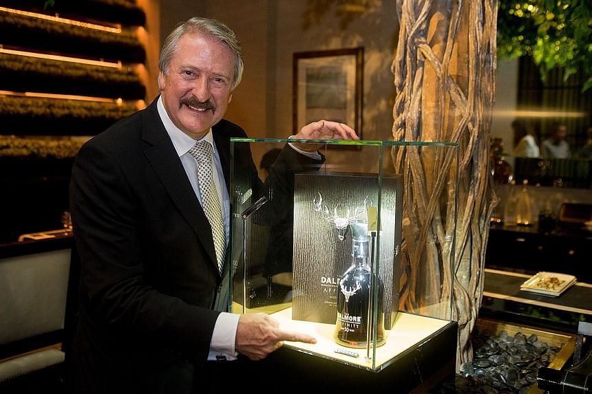 Mr Richard Paterson with The Dalmore Affinity.